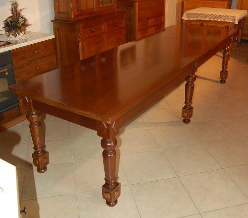 Sala da pranzo tavolo tavolo classico for Tavolo da pranzo classico